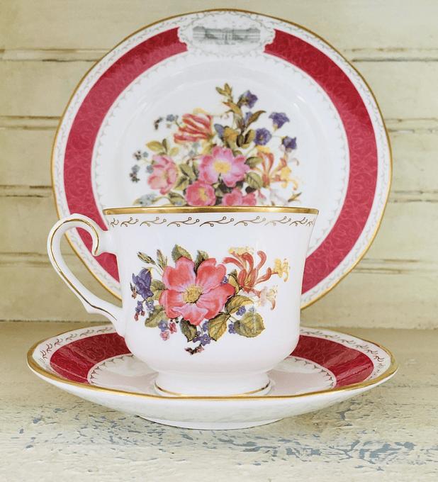 "Franklin Mint, Inglaterra, set de té ""Sweet briar rose"", 1991"