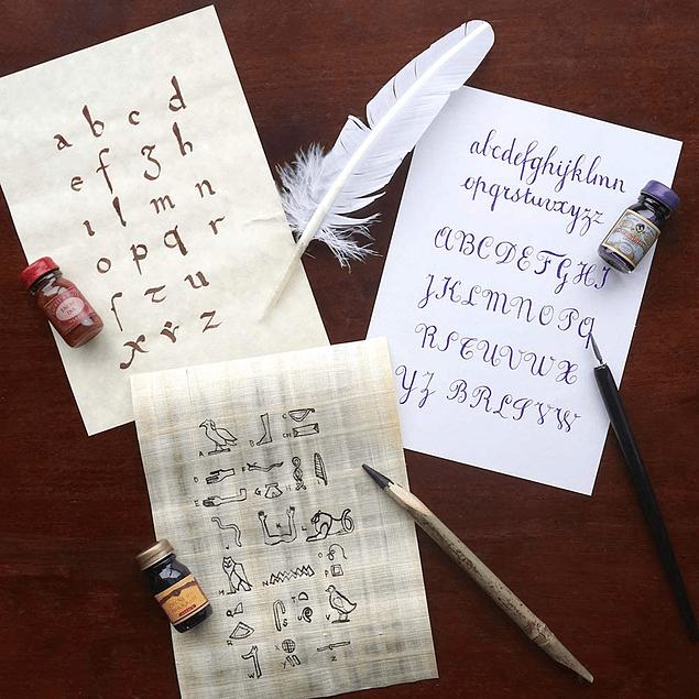 Set ' Escribir en la Edad Media'