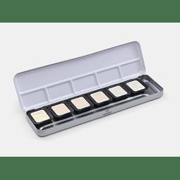 6 colores iridiscentes de 30 x 22 mm en una caja de metal