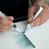 Aqua Color Brush, Tono de grises