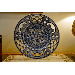 Lace plate