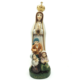 Statue of Our Lady with the three little Shepherds