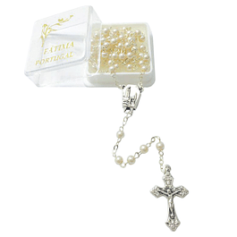 Silver rosary with beige pearls