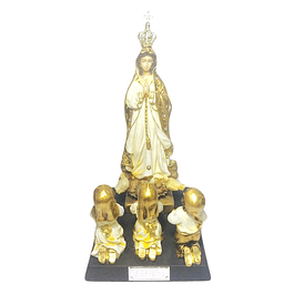 Statue of Our Lady of the Rosary