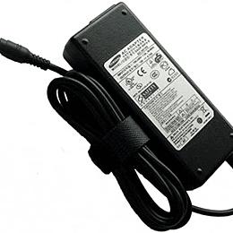 Cargador Notebook Samsung BA44-00215A