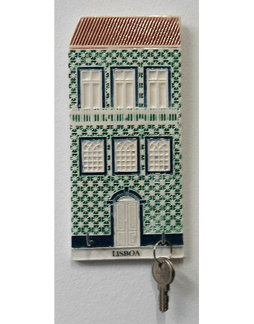 PORTA CHAVES Lisbon house in Vertical