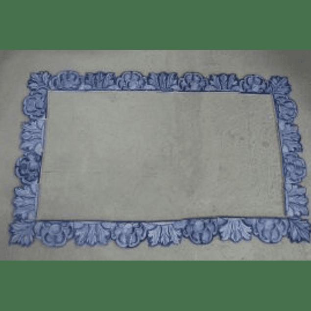 Moldura em azulejos recortados artesanais