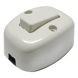Apagador sencillo visible oval 6A 127V Surtek Mod. 136559 Paq. 30 pzas