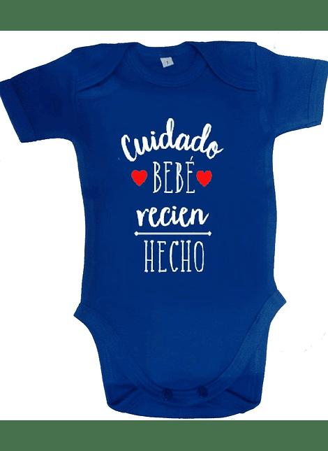 CUIDADO BEBE RECIÉN HECHO