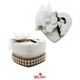 Cajita con forma de corazon para bodas