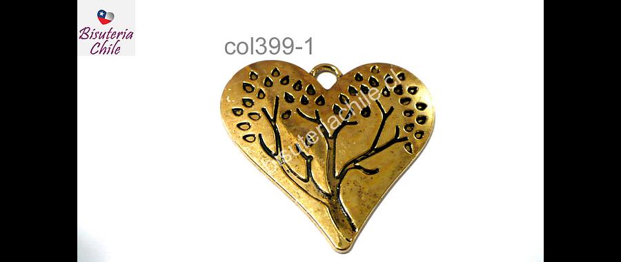 Colgante dorado en forma de corazón 46 x 43 mm, por unidad