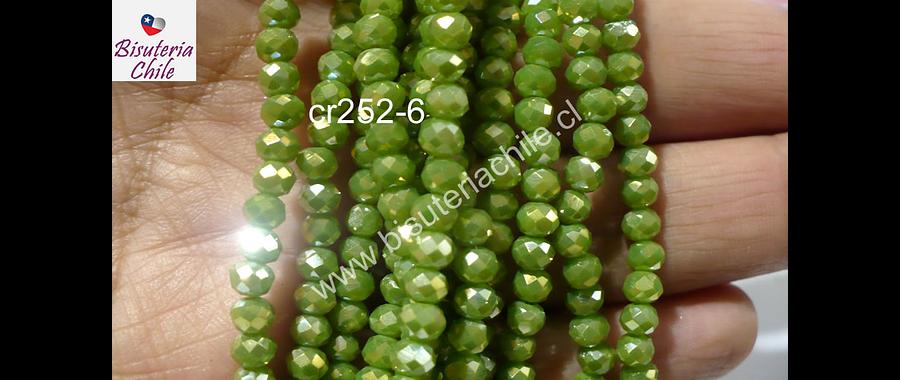 cristal color verde limón con tonalidades doradas 4 mm, tira de 148 cristales aprox.