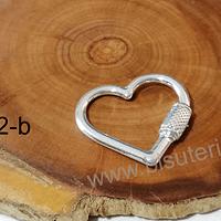 Colgante baño de plata en forma de corazón que simula cierre, 25 x 26 mm, por unidad. San Valentin