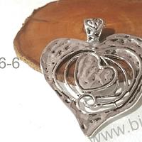 Colgante en forma de corazón, 73 x 62 mm, por unidad. San Valentin