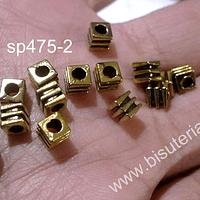 Separador dorado, 4 x 4 mm, agujero de 2 mm, set de 15 unidades
