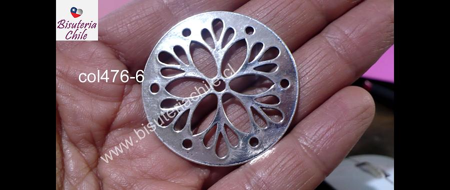 Colgante plateado con diseño, 40 mm de diámetro, por unidad