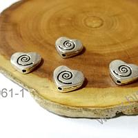 Separador plateado en forma de corazón con diseño, 11x9, agujero de 1 mm, set de 4 unidades. San Valentin