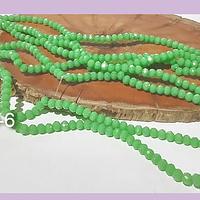 Cristal facetado verde claro de 3 mm x 2 mm, tira de 135 cristales aprox.