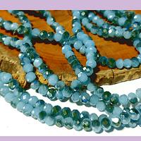 Cristal facetado celeste y azules con brillos tornasol 4 mm, tira de 140 cristales aprox