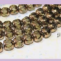 Perla de vidrio color verde claro con aplicaciones de cobre, 9 x 8 mm, tira de 32cuentas aprox