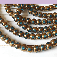 Perla de vidrio color celeste con aplicaciones de cobre, 6 mm, tira de 50 cuentas aprox.