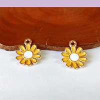 Dije flor esmaltado, en color amarillo, 11 mm de diámetro, set de dos unidades.