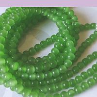 Ojo de gato liso color verde claro de 4 mm, tira de 95 piedras aprox.