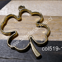 Colgante dorado en forma de trébol, 40 x 35 mm, por unidad