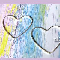 Corazón baño de plata, 32 x 28 mm de de diámetro, por 1 mm de grosor, set de 12 unidades (por mayor)