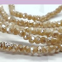 Cristal color crema con brillos plateados 3 mm, tira de 145 cristales aprox