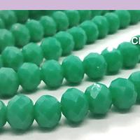 Cristal facetado en color verde de 6 mm, tira de 94 cristales aprox.