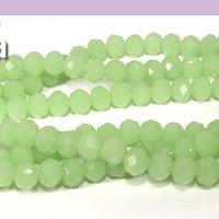 Cristal facetado en color verde claro de 6 mm, tira de 94 cristales aprox.