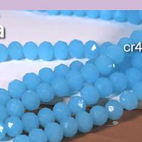 Cristal facetado en color celeste de 6 mm, tira de 94 cristales aprox.