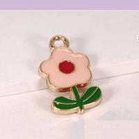 Dije esmaltado flor rosada, base dorado, 20 x 11 mm, por unidad