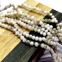 Cristal chino facetado de 4 mm color piel claro con tonalidades verdes clara tira de 140 unidades