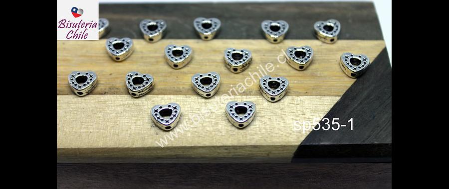 Separado plateado en forma de corazón, 7 x 7 mm, agujero de 1 mm, set  de 16 unidades. San Valentin