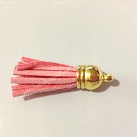 Borla rosado  base dorado 40 mm de ancho