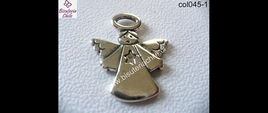 Colgante plateado en forma de angel 26 mm de ancho y 30 mm de largo