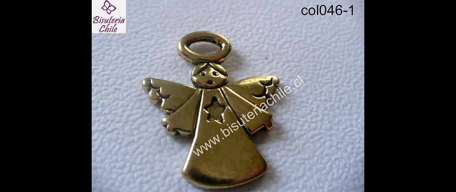 Colgante dorado en forma de angel 26 mm de ancho y 30 mm de largo