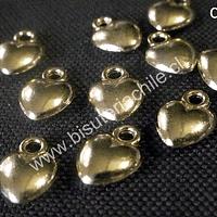 Dije dorado en forma de corazón 10 mm de largo por 9 mm de ancho set de 10 unidades. San Valentin