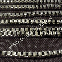 Cadenas, cadena plateada cuadrada 3mm por 3 mm