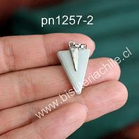 Dije de jade en forma de punta de flecha, 25 mm de largo x 16 mm de ancho, por unidad