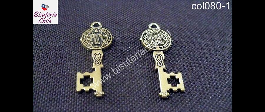 Colgante dorado en forma de llave de San Benito 13 mm de largo por 12 mm de ancho, set de 2 unidades
