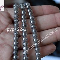 perla de vidrio semi transparente, color gris con brillos dorados, 6 mm, tira de 65 perlas.