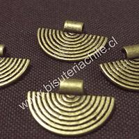 Colgante envejecido central de collar, 25 mm de ancho por 17 mm de largo incluído el colgante, set de 4.