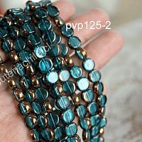 Perla de vidrio y cobre color celeste,  8 mm de diámetro, tira de 42 perlas