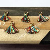 Borla mini multicolor con argolla dorada, 13 mm de largo, set de 5 unidades