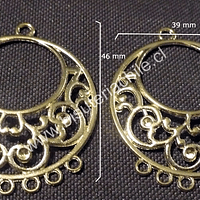Base aros dorados, 39 mm de ancho por 46 mm de alto, el par.