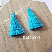 Borla de seda color celeste, 26 mm de largo , por par