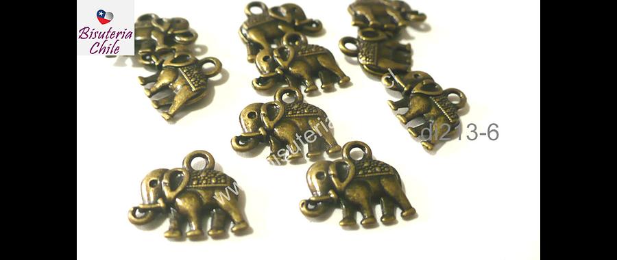 Dije envejecido en forma de elefante, 12 mm de ancho por 9 mm de alto, set de 7 unidades